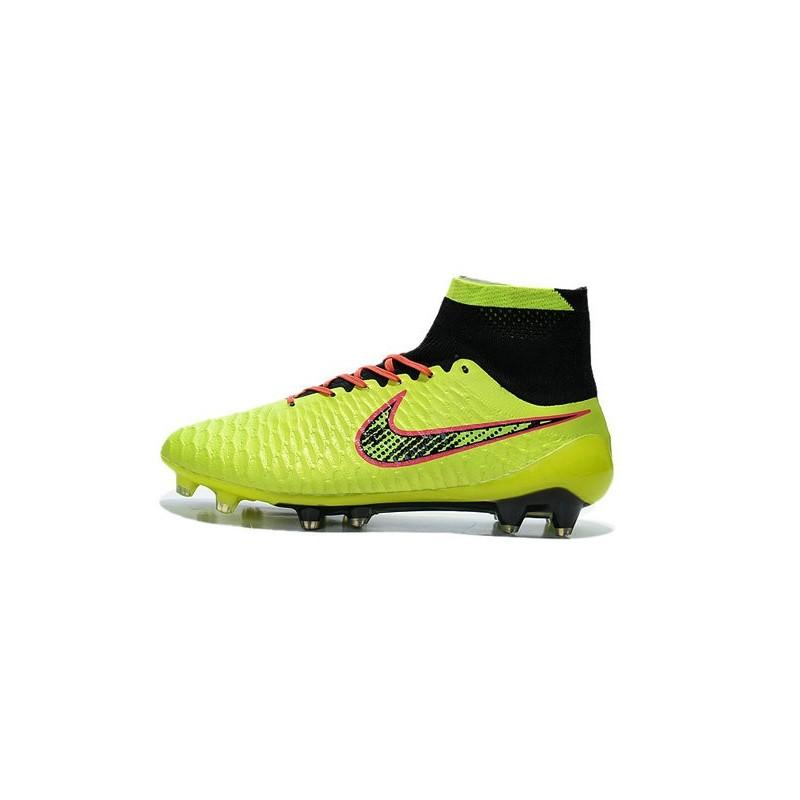 nike uomo calcio scarpe