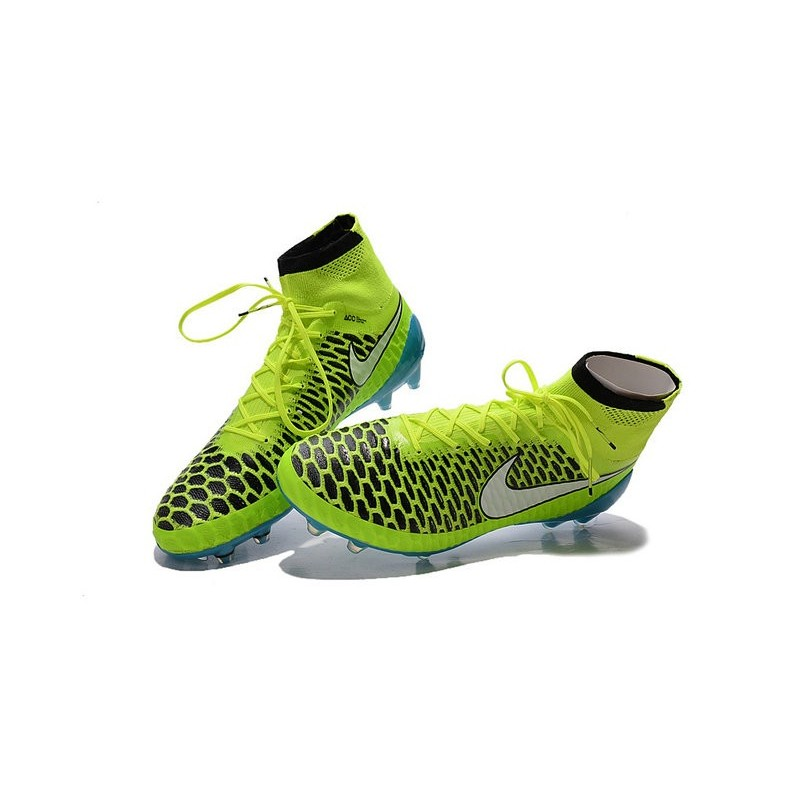 nuove scarpe nike 2015 calcio