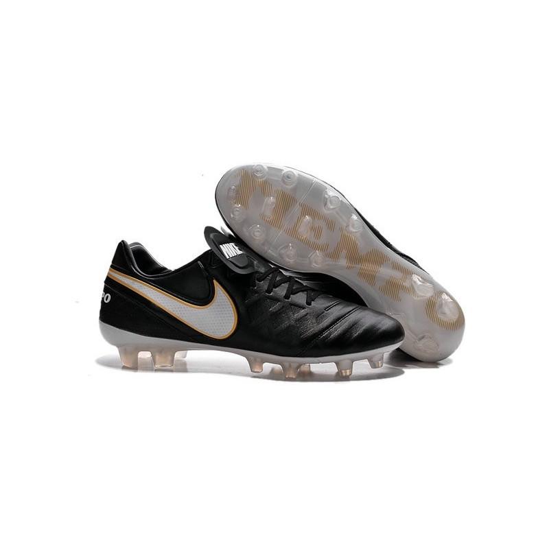 scarpe da calcio nike nere