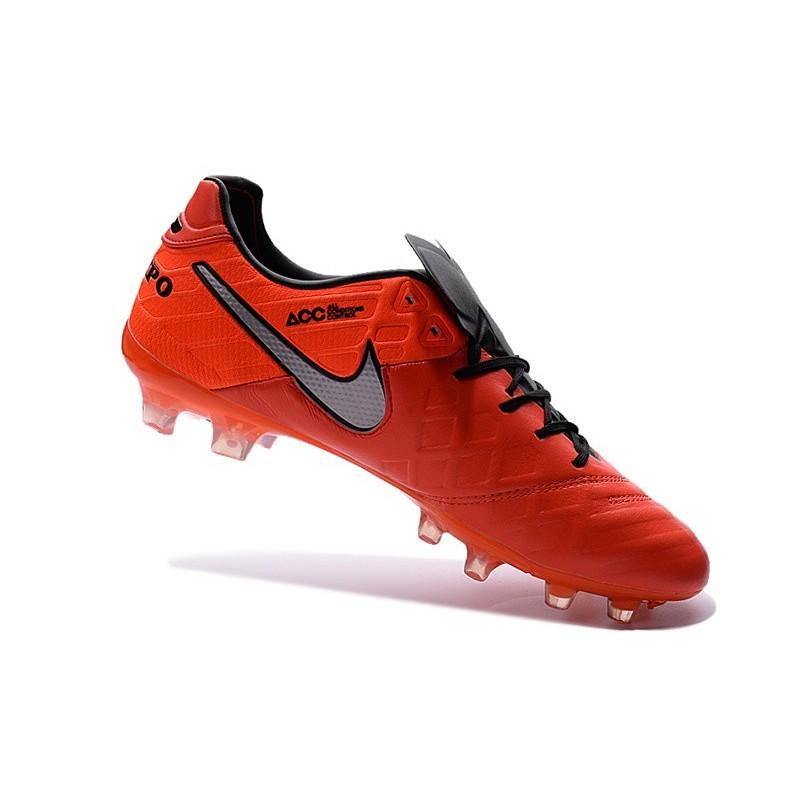 Nike Tiempo Rosse