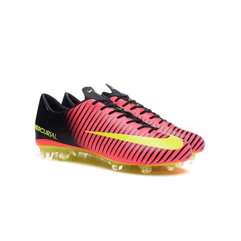 scarpe calcio nike 2016