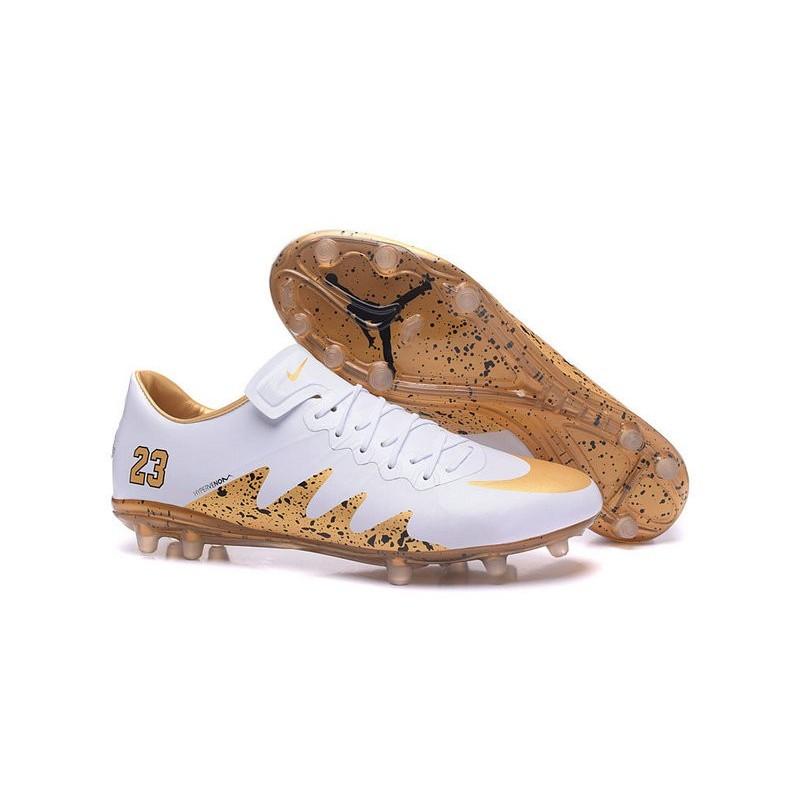 scarpe calcio nike oro