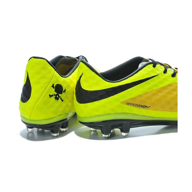 scarpe da calcio scontate nike