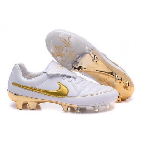 Nuovo Scarpe Calcetto Nike Tiempo Legend R10 FG ACC Bianco Oro 17f0c50d2b4