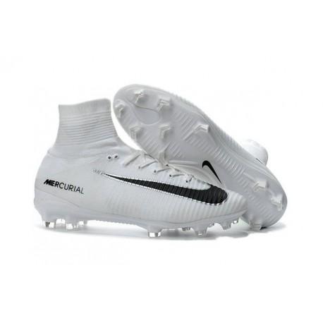 Nike Scarpa da Calcio Mercurial Superfly V FG ACC Uomo Bianco Nero