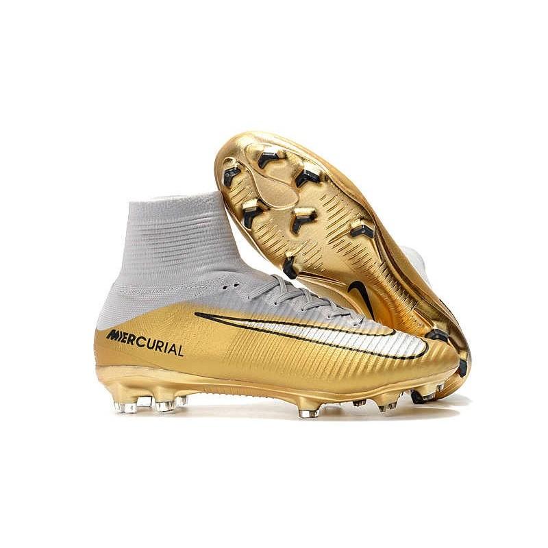Ronaldo Nike Mercurial Superfly 5 FG Scarpe CR7 Quinto Triunfo Bianco Oro c25cf91059d