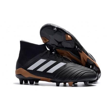 Scarpe da Calcio adidas Predator 18.1 FG Uomo - Nero Bianco Oro